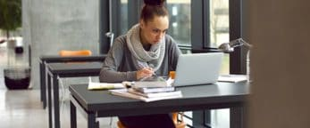 Woman using Elsevier online courses
